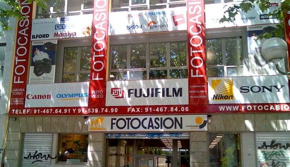 d8b7c9bc79 tels.: 91.539.74.90 - 682.621.317 fax: 91.467.84.06 info@fotocasion.es ·  comercial@fotocasion.es. Tienda de fotografía en Madrid y Online para ...